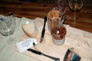 Kittostar med kvittenmarmelad och kardemummastänger